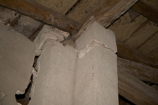 1 Pilastri