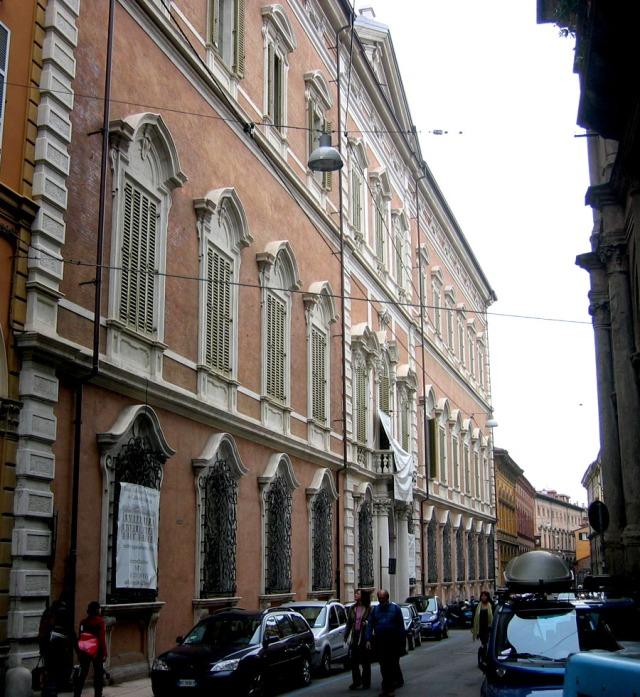 17.1 Palazzo Aldrovandi Bologna